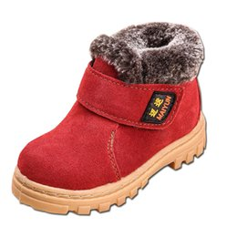 72be63779a52d7 Sneakers Kinder Schuhe Jungen Stiefel Plüsch Gefüttert Kuh Leder  Wasserdichte Stiefeletten Marke Jungen Mädchen Kinder Stiefel Mode Sneaker