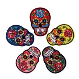 skull patches wholesale UK - Embroidery patch Human skull skeleton cloth Back gum Iron on applique T-shirt jeans jacket racksack sewing decorative accessories DL_CPIW008