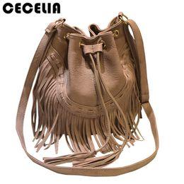 10d5b9a48 Cecelia Bolso de cuero con flecos en el borde Festival de música Borla con  flecos Boho Chic Indian Hippie Gypsy Tribal Bohemian Ibiza Bucket Bag