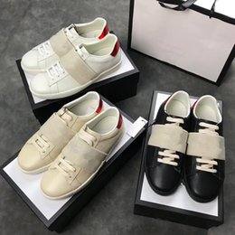 Luxury brand high-end custom-made fashionable leisure comfortable  breathable high quality lovers leisure sports shoes size of 35-45 55113a898