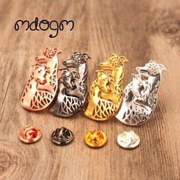 Discount small male dog collar - Mdogm 2018 Whippet Dog Animal Couple Brooches And Pins Wholesale Suit Cute Funny Metal Small Collar Badges For Male Men