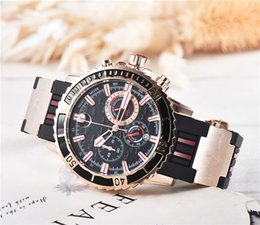 Men liMited watches chronograph online shopping - Top quality men UN watch Stainless steel automatic quartz watches Athens Relogio Marine montre gg1000 casual shark lamborghini wristwatch