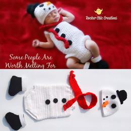 Baby Crochet Prop Sets Australia - Crochet Snowman Hat&Romper Set Knitted Newborn Snowman Costume Infant Baby Halloween Costume Knitted Photo Props