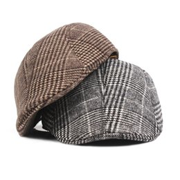 Chinese  Fashion Wool Plaid Beret Hats for Men Women Unisex Vintage Houndstooth Outdoors Flat Cap for Cowboy manufacturers