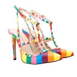 Frauen High Heels Kleid Schuhe Party Mode Nieten Mädchen sexy spitz Schuhe Schnalle Plattform Pumpen Hochzeit Schuhe schwarz weiß rosa Farbe im Angebot