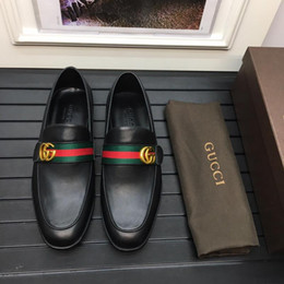 223185a6a Top Macio Homens Sandálias De Couro à prova d 'água Marca de Luxo Flats  Sapatos Versão Coreana Diário Respirável Pés Preguiçosos Casuais Reais  Sandálias De ...