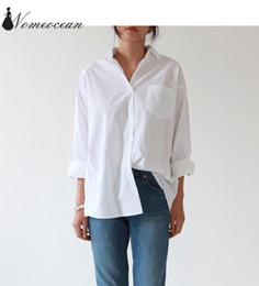 d71233f36f3 Повседневные женские рубашки 2018 Новое прибытие плюс размер блузка с  длинным рукавом Buons карман белая рубашка S-3XL негабаритных рубашка  M18020904