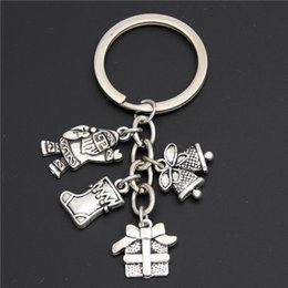 $enCountryForm.capitalKeyWord Australia - 1pc Vintage Snowflake Key Chain Ring Winter Snowman Christmas Tree Pendant Keychain Bell Charms New Year Xmas Gifts E2116