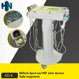 Vente en gros Lipo laser avec un corps de cavitation ultrasonique 40K sculptant une peau RF amincissante