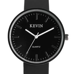 675601cf3a74 KEVIN mujeres de moda reloj de cuarzo negro tres colores reloj de pulsera  casual con banda de silicona mejor regalo para niñas