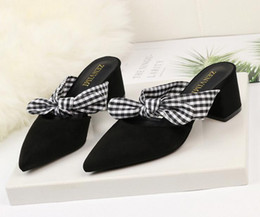 $enCountryForm.capitalKeyWord Canada - Women Summer Shoes T-stage Fashion Dancing High Heel Sandals Sexy Stiletto Party Wedding Shoes White Black Pink Bowtie Slippers