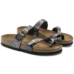 Famous male shoes online shopping - New Famous Brand Arizona Male Flat Sandals Women Fashion Summer Beaches Casual White Shoes Buckle Top Quality Genuine Leather Slippers