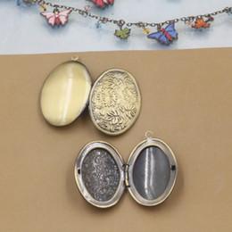 $enCountryForm.capitalKeyWord NZ - 10pcs 25*38*9mm antique bronze handmade brass flower photo locket pendants for necklace vintage picture frame charm pendant wish box jewelry