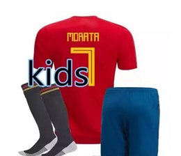 c85f0707407 2018 Kids kit Spain Jersey boy youth Spain kits RAMOS ISCO PIQUE SERGIO  INIESTA ASENSIO home kids soccer shirt Football set