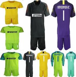2018 Soccer jerseys goalkeeper kit  1 HANDANOVIC GK Shirt Goalie uniforms  ICARDI LAUTARO 18 19 football kit For Adults customized name f10f8000e