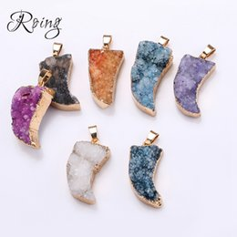 gilding gold leaf NZ - Roing Natural Crystal Necklace Pendant DIY Jewelry Short Pendants Women Gilded leaf Gift Luck Multicolor Jewelry Accessory C015