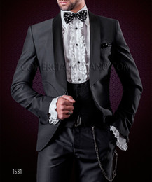 charcoal grey three piece suit Australia - Fashion Charcoal Grey 3 Piece Suit Men Wedding Tuxedos Handsome Groom Tuxedos With Shawl Lapel One Button Men Blazer(Jacket+Pants+Tie+Vest)9