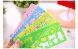 ruler stationery set NZ - 4pcs set 15cm Creative Cute Kawaii Hollow Plastic Ruler For Kids Painting Drawing Stationery School Supplies Student