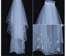 $enCountryForm.capitalKeyWord NZ - New bride veil double hand-made beaded veil beaded sewn wedding tiara wedding accessories wholesale Bridal Veils