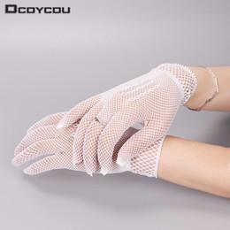 $enCountryForm.capitalKeyWord Australia - 2 Pair Hot Sale Fishnet Mesh Glove Fashion Women Lady Girl Glove Protection Lace Elegant Lady Style Gloves Black and White