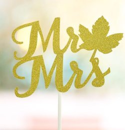Coupe de gâteau de mariage M. Gold Paper Miss Brown M. amp Mrs Cake Decoration