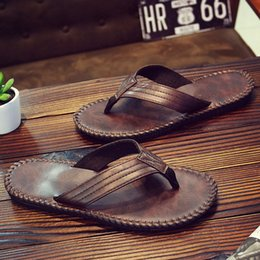 Brown Summer Sandals Canada - Summer men's non-slip flip-flops slippers beach sandals Zapatos Hombre black brown gray