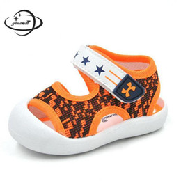 Baby Girl Summer Canvas Shoes Australia - YAUAMDB newborn baby first walkers 2018 summer canvas boys girls sandals toddler shoes graffiti hollow infant shoes footwear y31