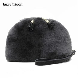 $enCountryForm.capitalKeyWord Canada - Luxy Moon 100% Rabbit Fur Handbags Evening Clutch Purse Winter Shoulder Fur Bag New Genuine Leather Women Messenger Bag ZD770