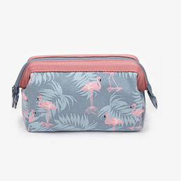 Cute Cosmetic Pouches Canada - Neceser New Women Portable Cute Multifunction Beauty Travel Cosmetic Bag Organizer Case Makeup Make up Wash Pouch Toiletry Bag
