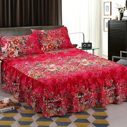 Discount royal beds - Reactive Printed Royal Series Soft Velvet Queen Size Double Layers Skirt Rims Bed Skirt Chandler Bed Latest Dropshipping
