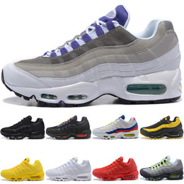 reputable site fb1f3 8ad35 Nike Air Max 95 Mens Frauen Laufschuhe Frequenz Triple Schwarz Weiß SE Gelb  ERDL Party Neon Traubenrot Designer Trainer Sport Sneaker Großhandel Online