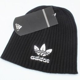 Men Designer Hats NZ - Wholesale- new Fashion Beanie Skull Caps Autumn Winter Hats For Women Men lovers couple Brand Designer Beanies Skullies Cotton Caps