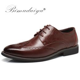 $enCountryForm.capitalKeyWord NZ - BIMUDUIYU Luxury Leather Lace Up Modern Men's Business Dress Brogue Shoes Party Wedding Suit Formal Footwear Male Dress Shoes