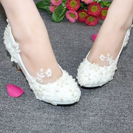 Summer Wedding Wedge Shoes Ivory NZ - Luxury Ivory Flat Pearls Wedding Shoes 2018 High Heels Medium Bridal Shoes Beach Applique Pointed Toe Shoes For Weddin