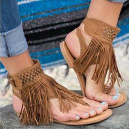 08111efccea 2018 Verano Nueva Bohemia Plana Mujer Sandalias Mujer Chancletas Vintage  Zapatos de mujer Borla abierta sandalias de diamantes de imitación XS01