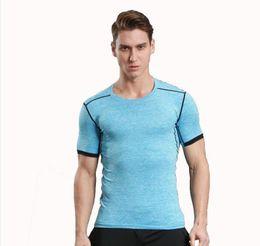 Затягивание с коротким рукавом мужской футбол работает спортивный нижней влаги увлажняющий быстрая эластичность высокая эластичность фитнес одежда