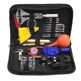Ingrosso 27pcs / set Kit di strumenti di riparazione orologio multi-funzione di orologiai strumento di orologi con accessori per il cambio di caso nero Nuovo
