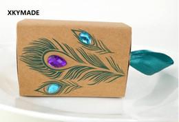 $enCountryForm.capitalKeyWord NZ - New European Design Peacock feather candy box kraft paper gift packaging for sweets tea dim sum wedding favors