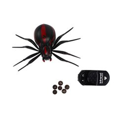Christmas Prank Gifts Australia - Realistic Fake Spider Scary Toy Remote Control RC Spider Prank Christmas Holiday Gift Model