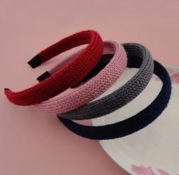 Vente en gros 10 PCS 2.0 cm Multi couleurs Acrylique Fil Crochet tricoté Couvert Plaine Bandeaux De Cheveux En Plastique, Style D'hiver Bandeaux En Gros womens filles