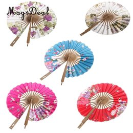 China MagiDeal 8 inch Classic Flower Chinese Silk Blossom Hand Fan Surface Folding Purse Bamboo Windmill Fan Wedding Party Favors Gift cheap wedding hand purses suppliers