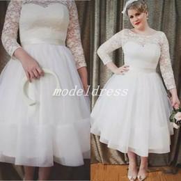 $enCountryForm.capitalKeyWord NZ - Plus Size Tea Length Wedding Dresses 2018 Jewel Backless Long Sleeve Lace Top Garden Country Short Beach Bridal Gowns robe de mariée