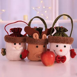 China Christmas Cartoon Candy Gift Bag Portable Apple Bag Christmas Mall Hotel Restaurant Children's Decoration Lucky Bag Free DHL suppliers
