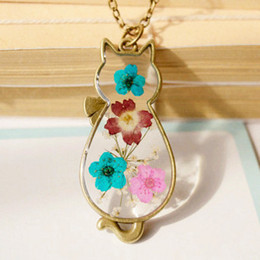 $enCountryForm.capitalKeyWord NZ - Best Gift Glass Necklace Dry Dried flower necklace Pendant Metal Animal Cat Real Flower Necklace for women jewelry drop shipping