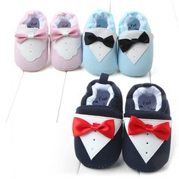 $enCountryForm.capitalKeyWord NZ - 2018 Baby Walking Shoes Kids Cartoon Suit Design First Walkers Infant Winter Warm Soft Cotton Bowtie Knitted Gentleman Prewalkers J