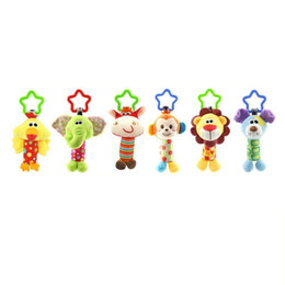 Chinese  Quality Plush Toys Bed Baby Mobile Hanging Baby Rattles Toy Giraffe With Bell Ring Infant Teether Toys Gift manufacturers