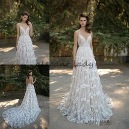 Short wedding dreSS Sweetheart illuSion neckline online shopping - Berta Bridal Lace Wedding Dresses Spaghetti Sweetheart Neckline Backless Applique D floral Cathedral Train Sleeveless Wedding Gown