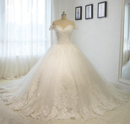 Venta al por mayor de Vestido de novia de encaje con foto real 2019 Fuera del tamaño extra grande Vestido de fiesta Vestido de novia con cuentas Vestidos de novia
