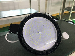 High quality UFO High Bay Led Lights 150w, IP65 UFO Meanwell Driver UFO 150W Led High Bay Light 150lm w 5 Years Warranty Microwave Sensor from cree gas station light manufacturers