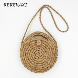 580d83a6449a Rerekaxi ручной работы ротанга тканые круглый дамская сумочка соломы вязать  летний пляж сумка женщина сумка хаки бежевый тотализатор Y1891204
